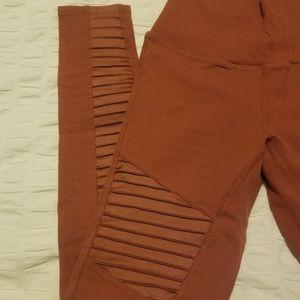 ALO Yoga Pants - Alo Moto Leggings